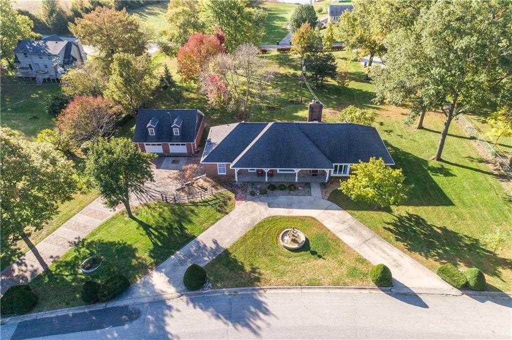 $374,900 - 4Br/4Ba -  for Sale in Golf Hill, Excelsior Springs