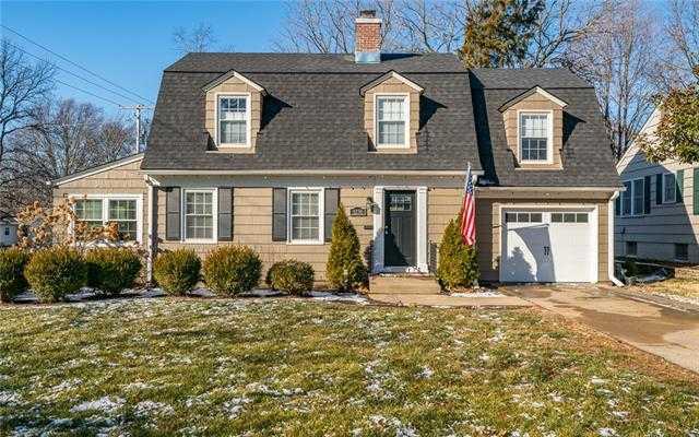 $429,000 - 3Br/3Ba -  for Sale in Holmesland, Fairway