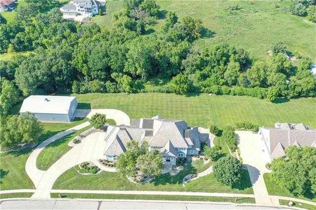 $1,500,000 - 7Br/8Ba -  for Sale in Sunset Estates, Shawnee