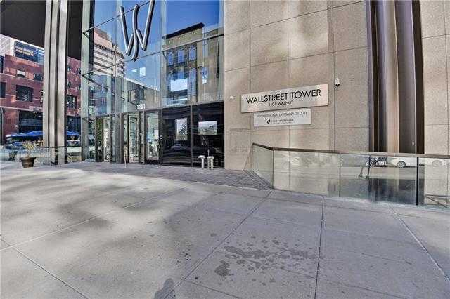 $360,000 - 2Br/3Ba -  for Sale in Wallstreet Towers, Kansas City