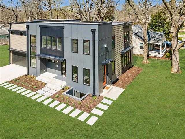 $880,000 - 4Br/5Ba -  for Sale in Mission Highlands, Fairway