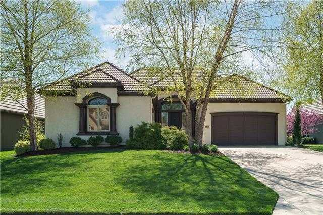 $650,000 - 4Br/4Ba -  for Sale in Stonegate Reserve, Overland Park