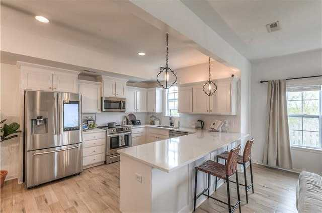 $350,000 - 3Br/3Ba -  for Sale in Wilderness- Parkview At The, Overland Park