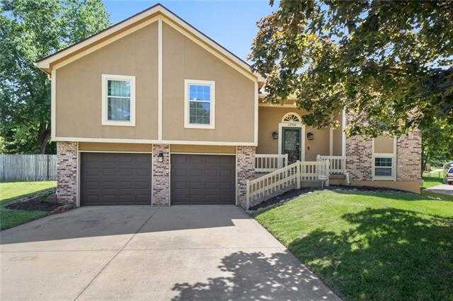 $395,000 - 3Br/2Ba -  for Sale in Covenant Park, Shawnee