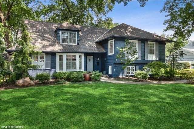 $535,000 - 4Br/4Ba -  for Sale in Indian Fields, Prairie Village