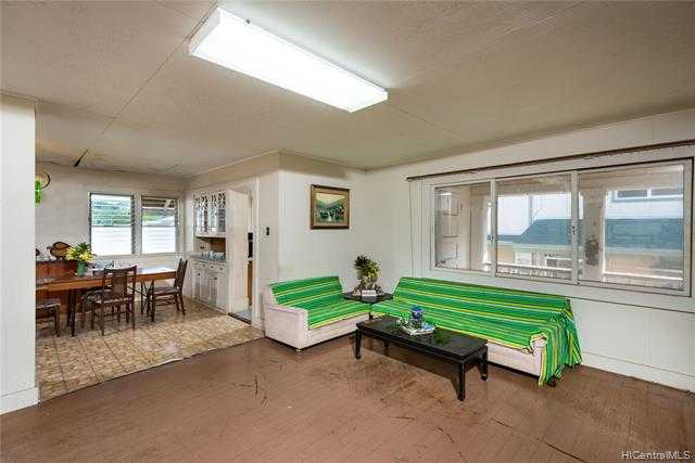 $875,000 - 4Br/3Ba -  for Sale in Puunui, Honolulu