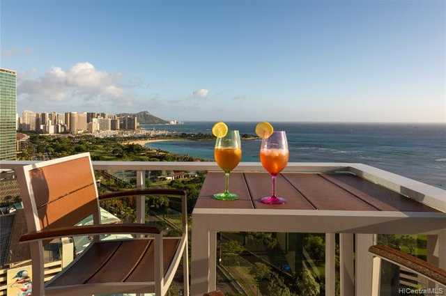 $6,500,000 - 3Br/4Ba -  for Sale in Kakaako, Honolulu