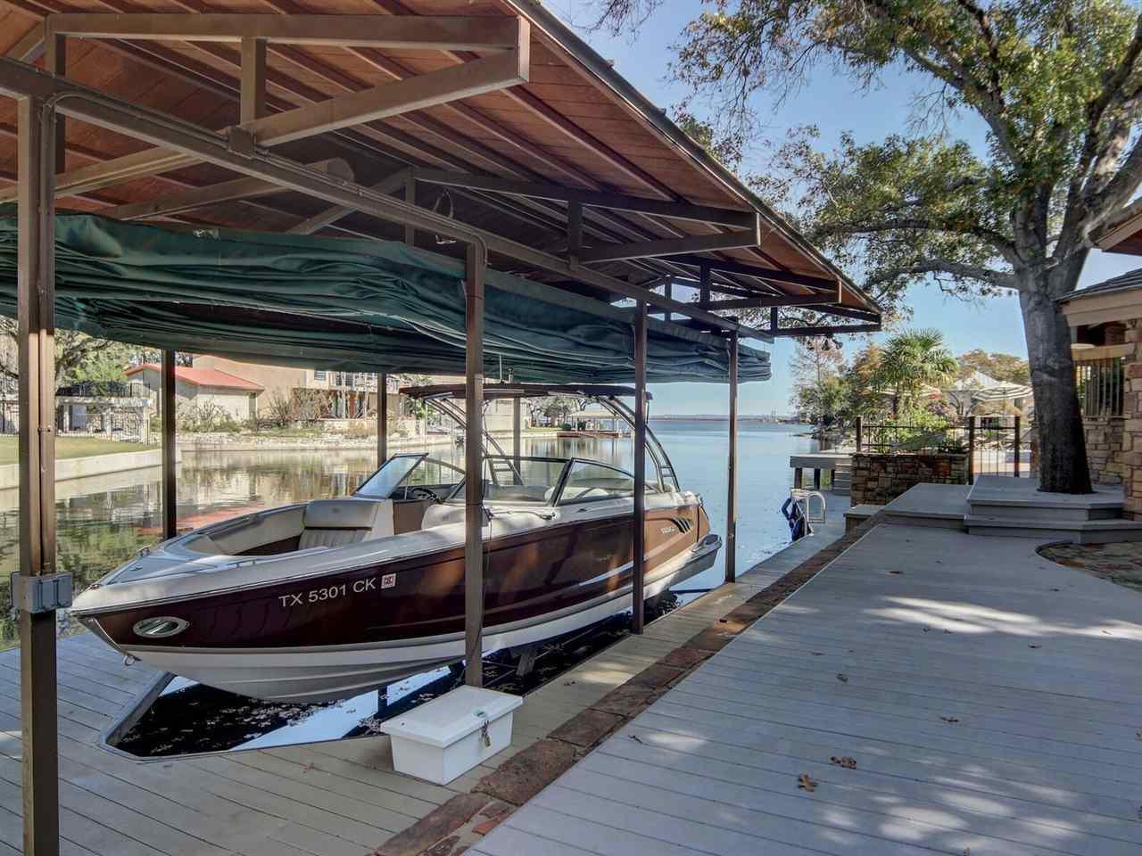 $3,200,000 - 5Br/7Ba -  for Sale in Horseshoe Bay, Horseshoe Bay