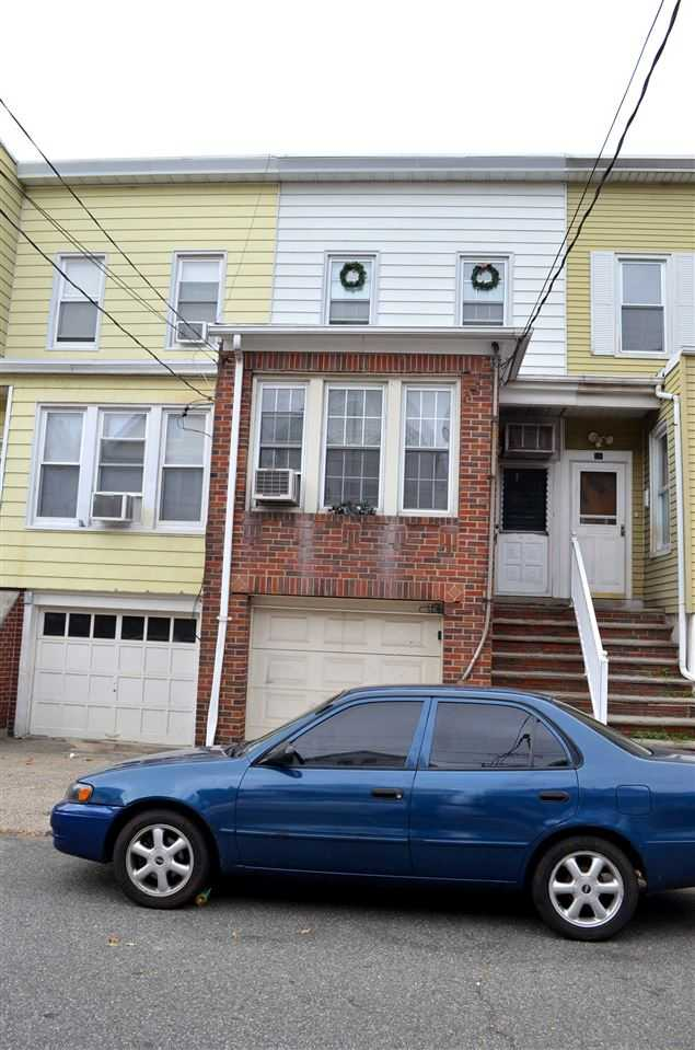 $150,000 - 2Br/1Ba -  for Sale in Bayonne