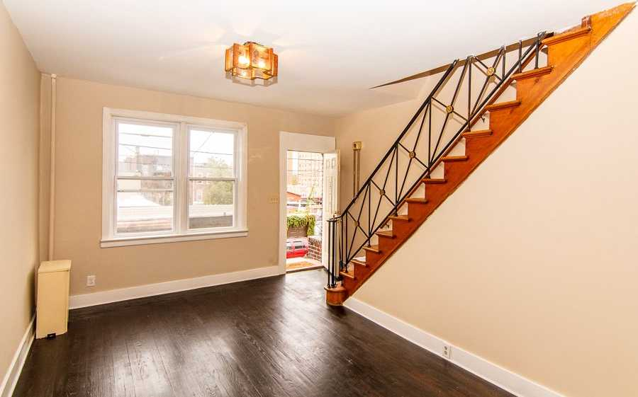 $299,000 - 2Br/2Ba -  for Sale in West New York