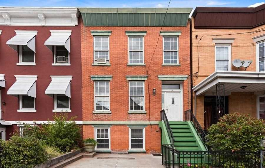 $625,000 - 3Br/2Ba -  for Sale in Heights, Jc, Heights
