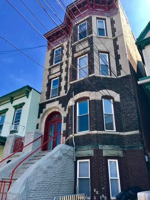 $2,295 - 3Br/1Ba -  for Sale in Heights, Jc, Heights
