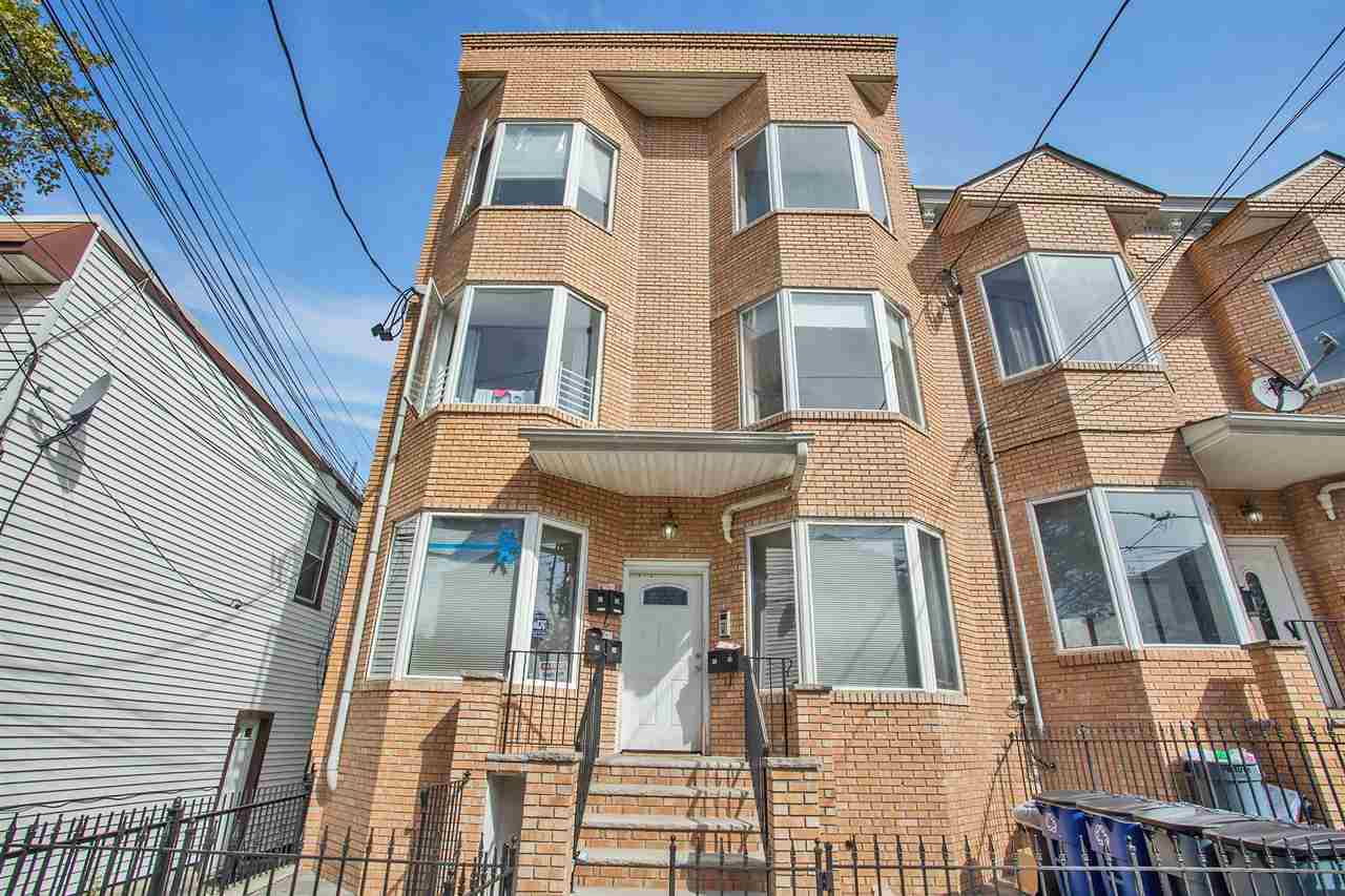 $250,000 - 2Br/1Ba -  for Sale in Jc, Heights