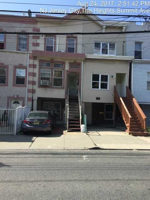 $345,000 - 5Br/2Ba -  for Sale in Jc, Heights