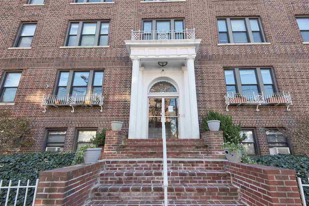 $335,000 - 2Br/1Ba -  for Sale in Jc, Journal Square