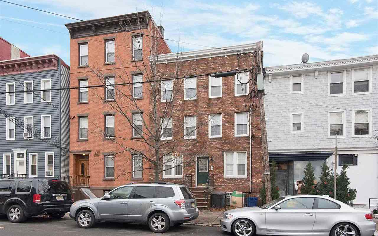 $369,000 - 1Br/1Ba -  for Sale in Jc, Downtown