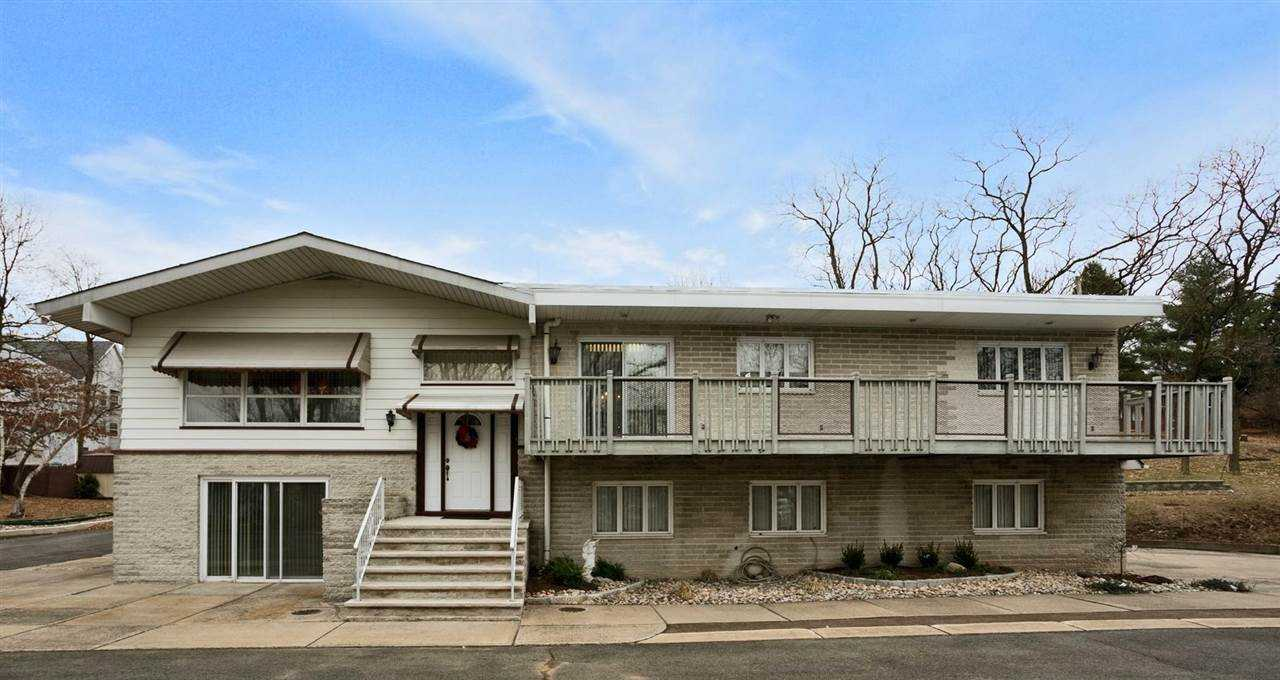 $590,000 - 3Br/3Ba -  for Sale in Woodland Park