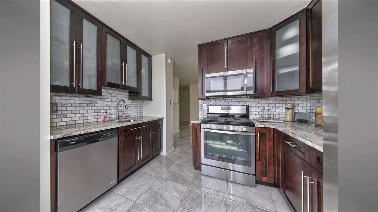 $469,000 - 2Br/2Ba -  for Sale in West New York