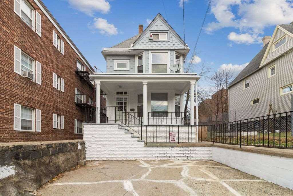 $629,000 - 4Br/3Ba -  for Sale in Jc, Journal Square
