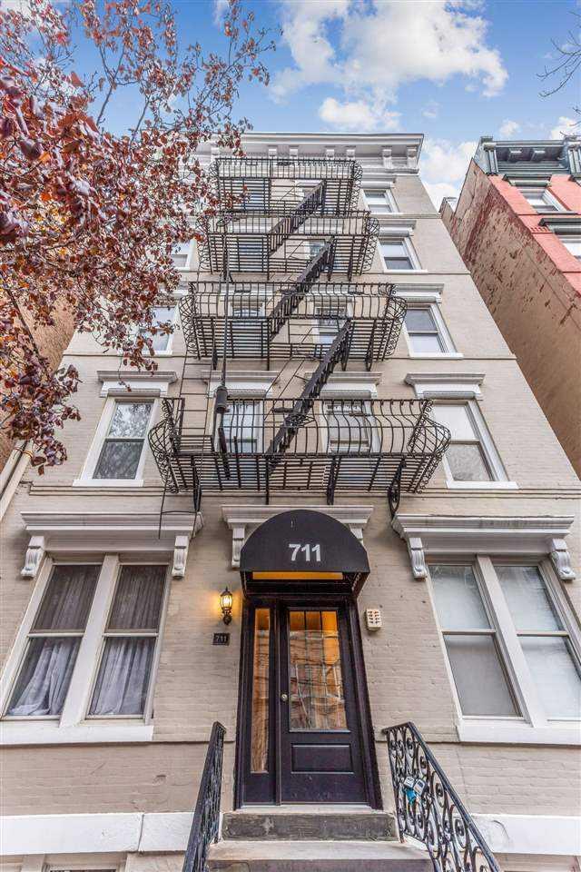 $409,995 - 1Br/1Ba -  for Sale in Hoboken