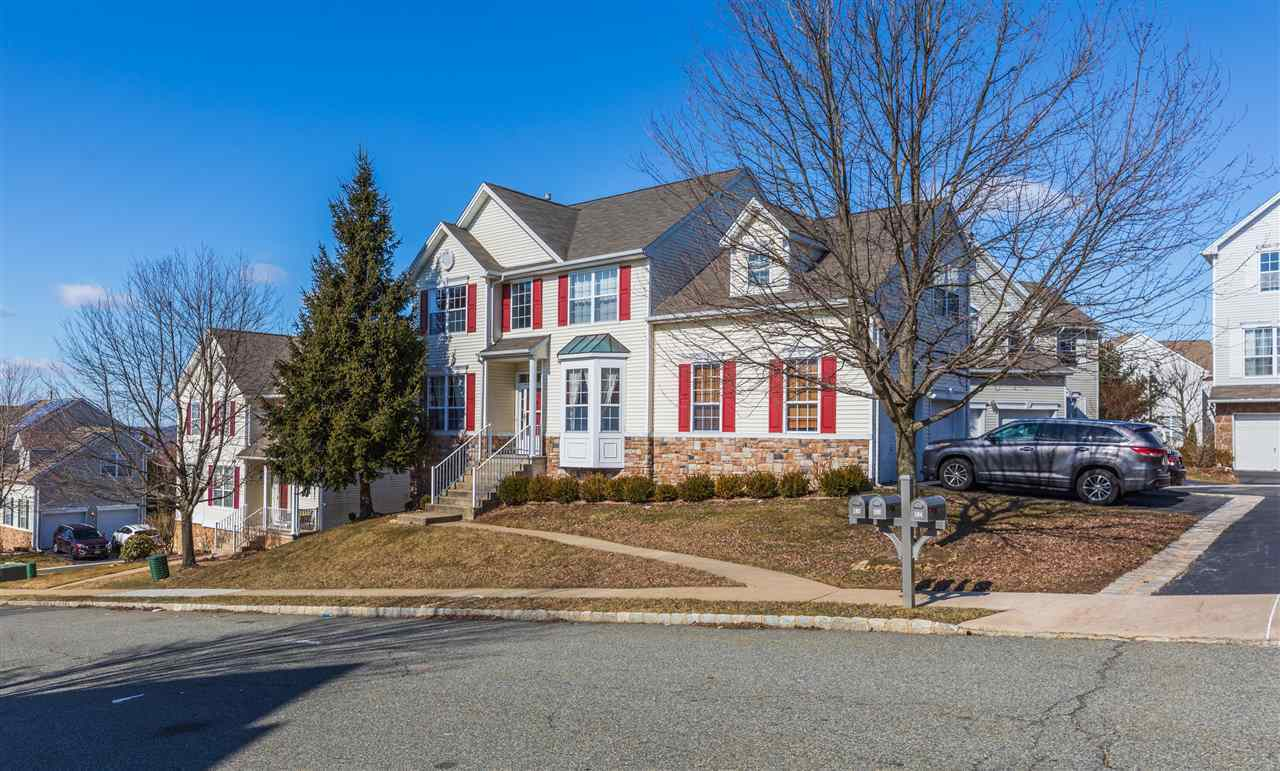 $369,000 - 4Br/3Ba -  for Sale in Mount Olive Township