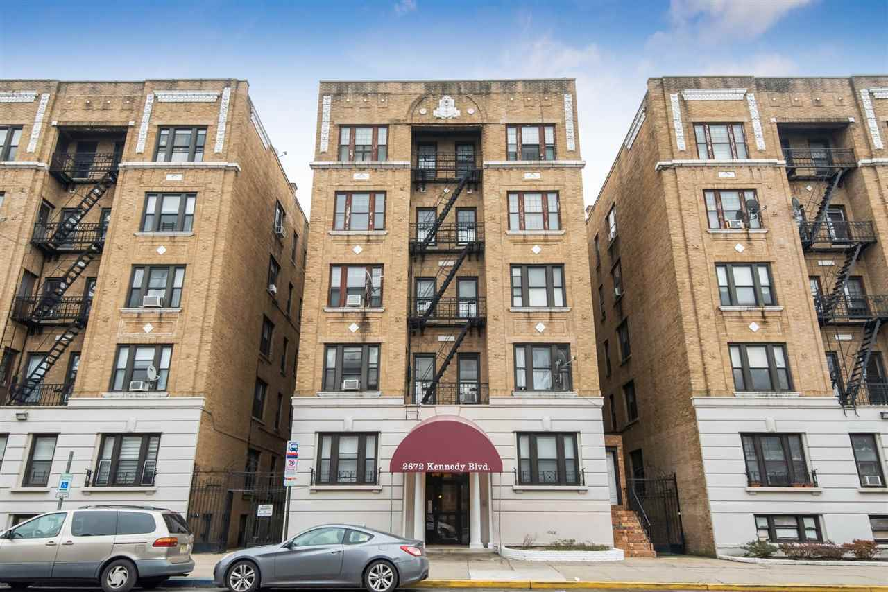 $309,000 - 3Br/1Ba -  for Sale in Jc, Journal Square