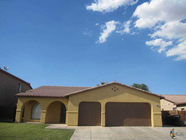 $360,000 - 4Br/2Ba -  for Sale in El Centro