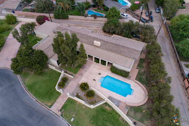 $725,000 - 3Br/3Ba -  for Sale in Brawley