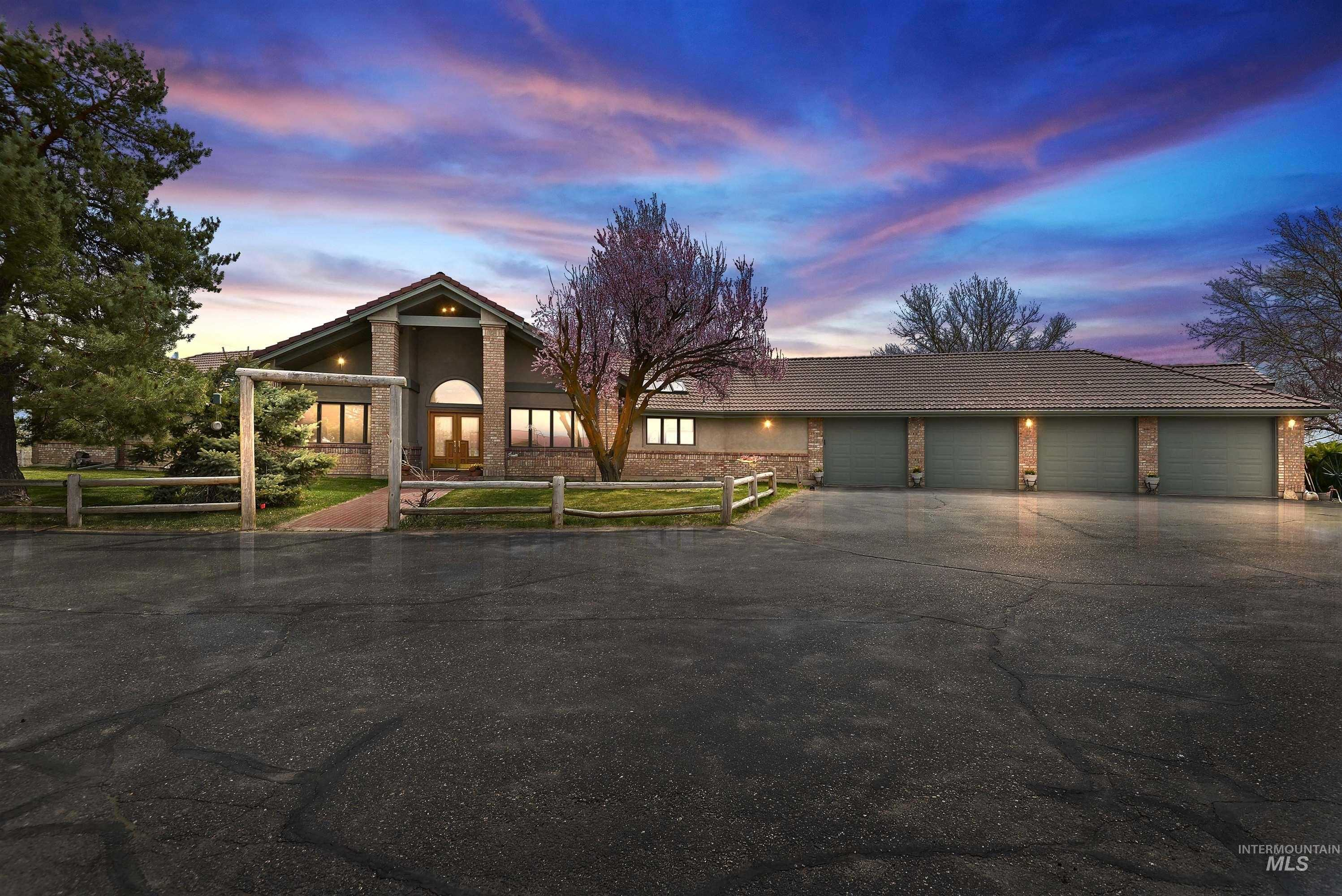 $5,200,000 - 3Br/4Ba -  for Sale in 0 Not Applicable, Star