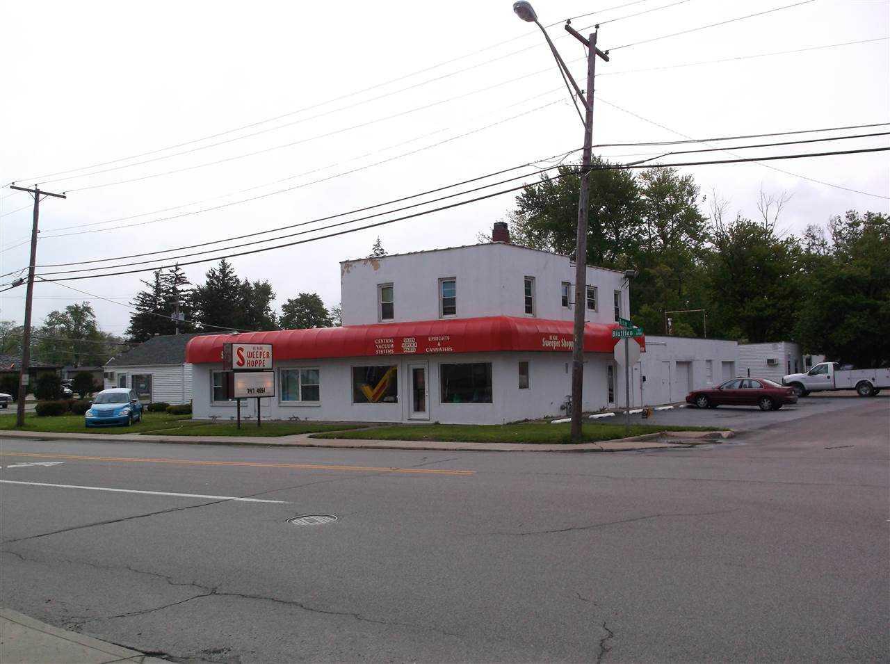 6915 Bluffton Road Fort Wayne,IN 46809 201308984