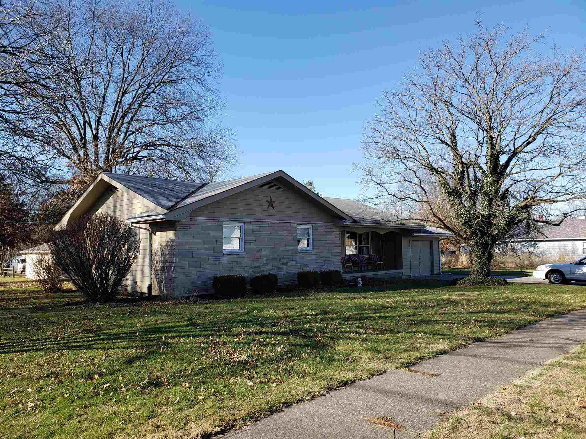 116 N Park Street Jasonville,IN 47438 202049887