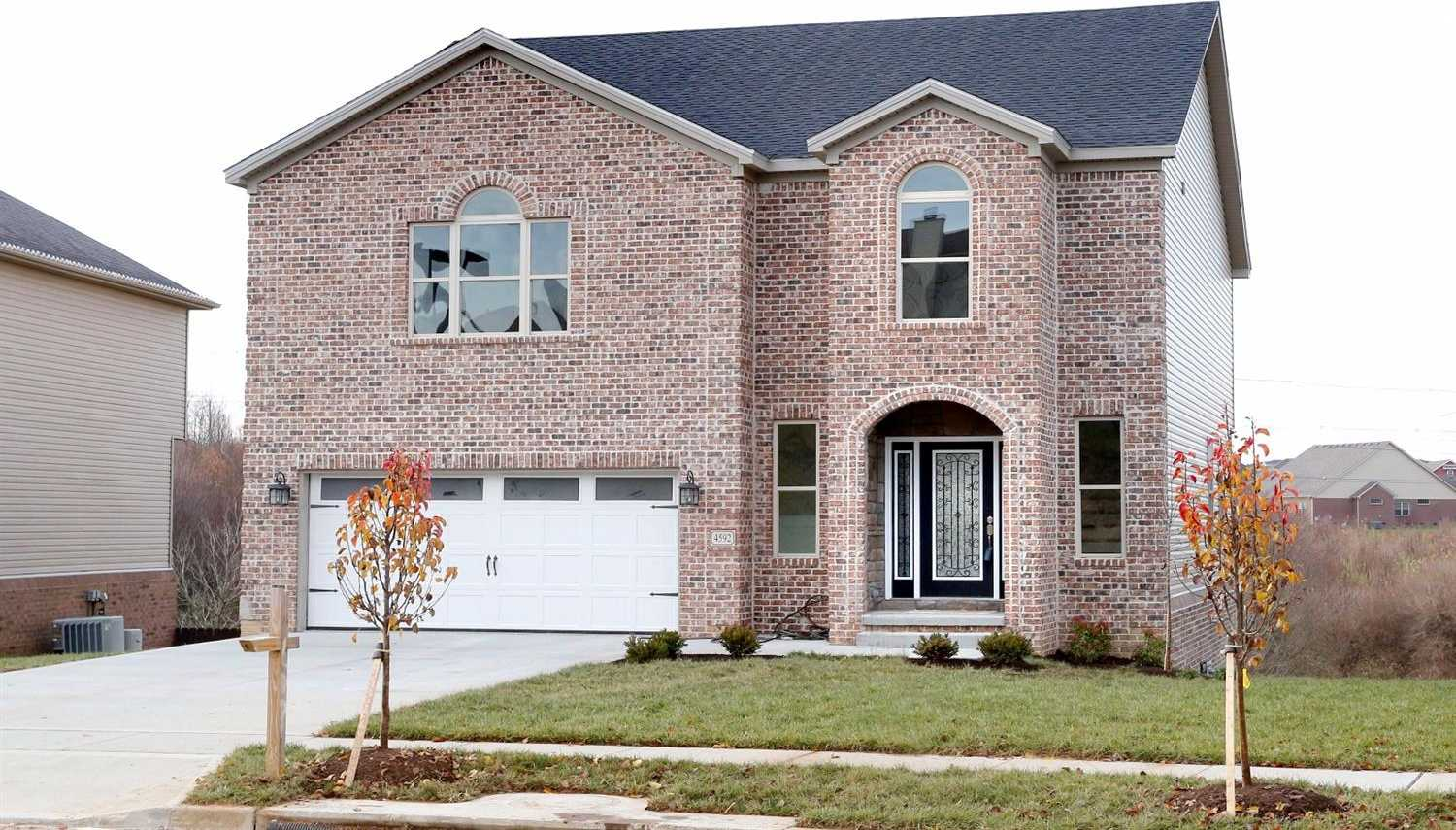 $419,900 - 4Br/3Ba -  for Sale in Pinnacle, Lexington