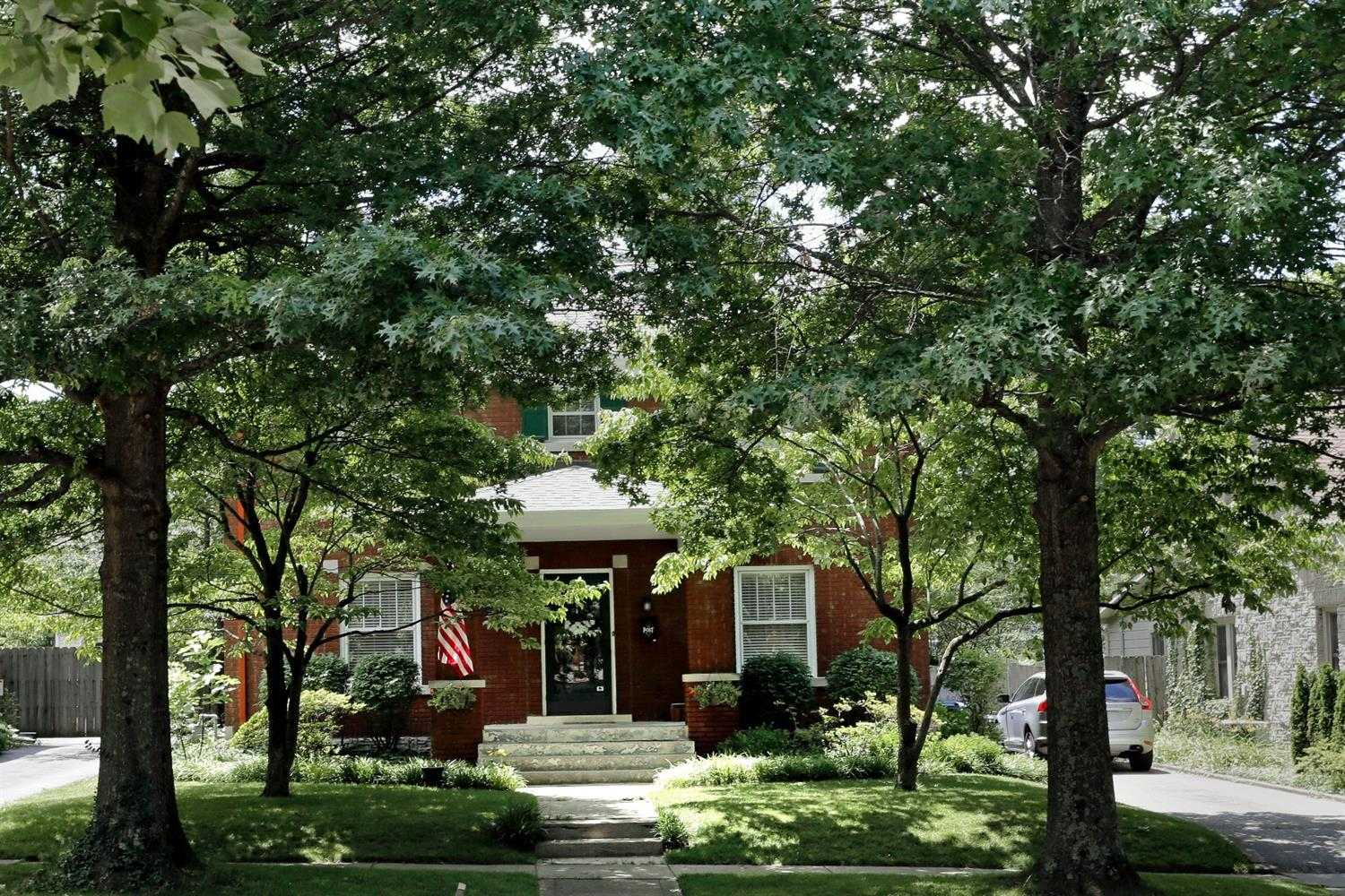 $498,000 - 4Br/3Ba -  for Sale in Chevy Chase, Lexington