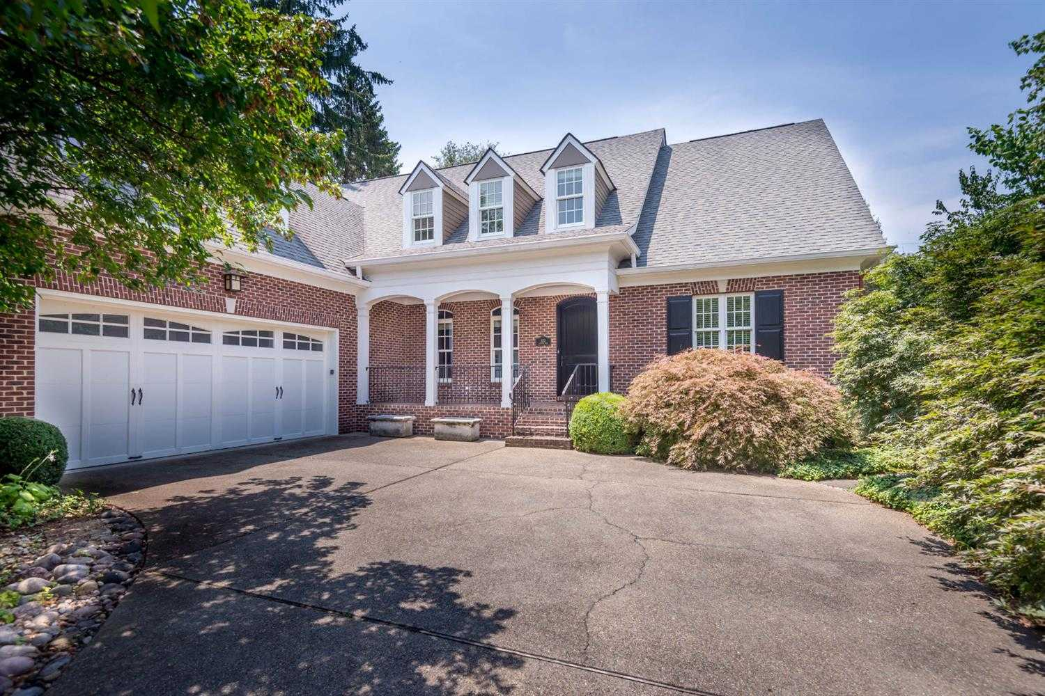 $1,325,000 - 7Br/7Ba -  for Sale in Chevy Chase, Lexington