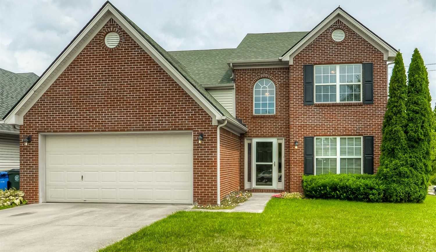$248,500 - 4Br/3Ba -  for Sale in Willow Bend, Lexington