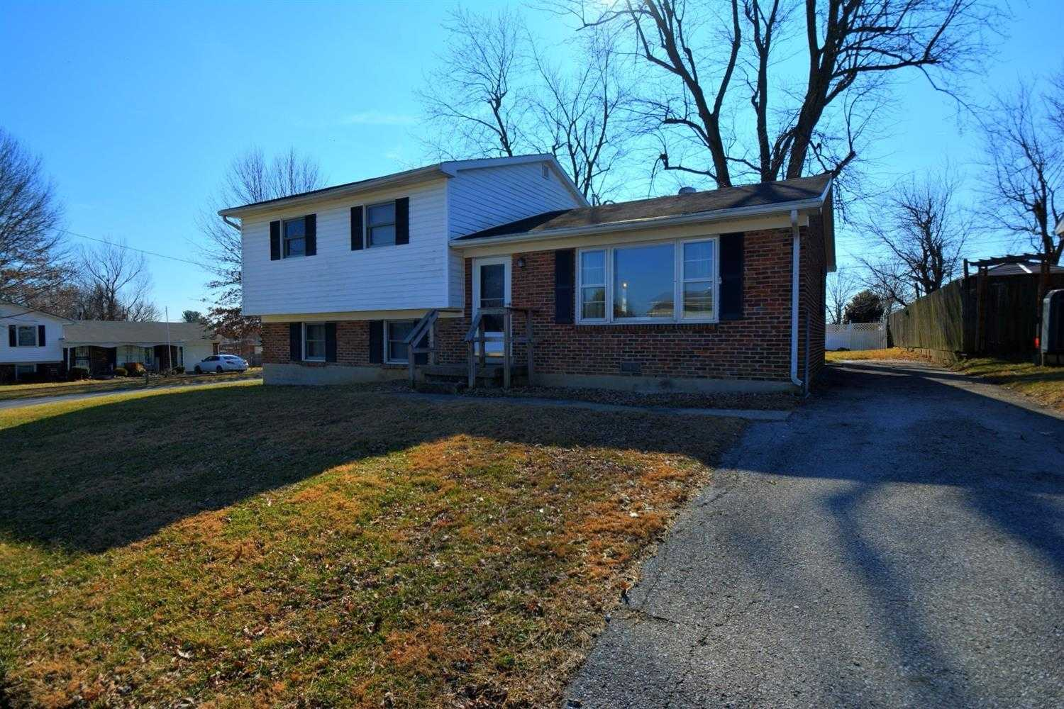 $129,900 - 3Br/2Ba -  for Sale in Merewood, Versailles