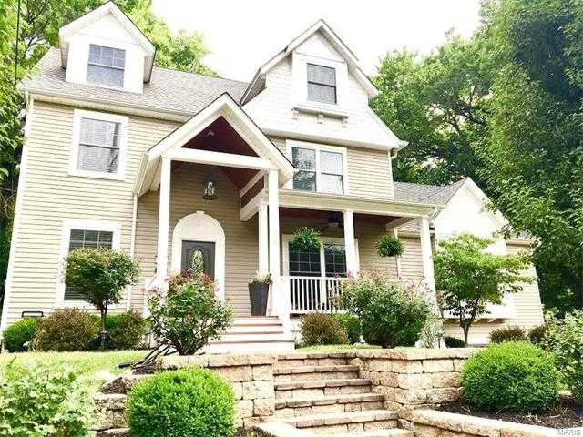 $717,000 - 5Br/4Ba -  for Sale in Clary Morris, Webster Groves