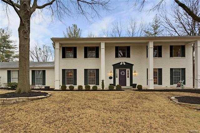 $779,900 - 5Br/3Ba -  for Sale in Webster Forest, Webster Groves