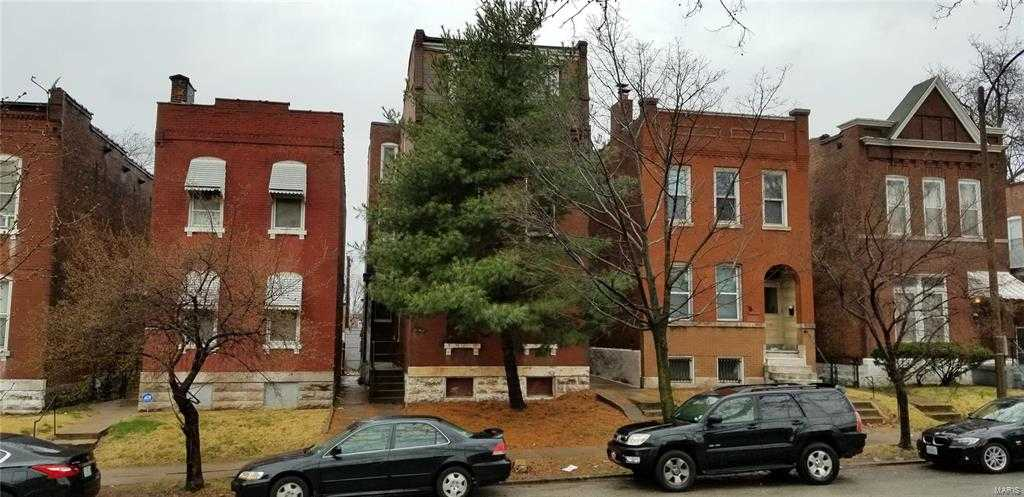 $69,900 - 4Br/3Ba -  for Sale in Cherokee Place Add, St Louis