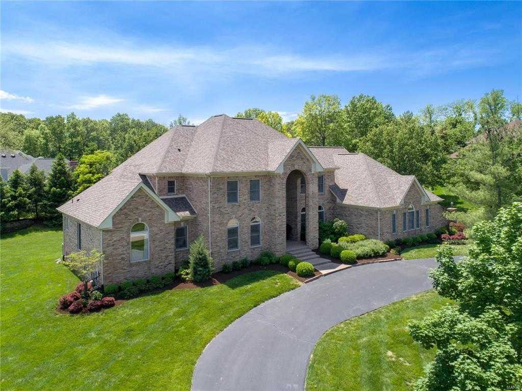 Homes for Sale in Town and Country MO - The Hoemeke Group on