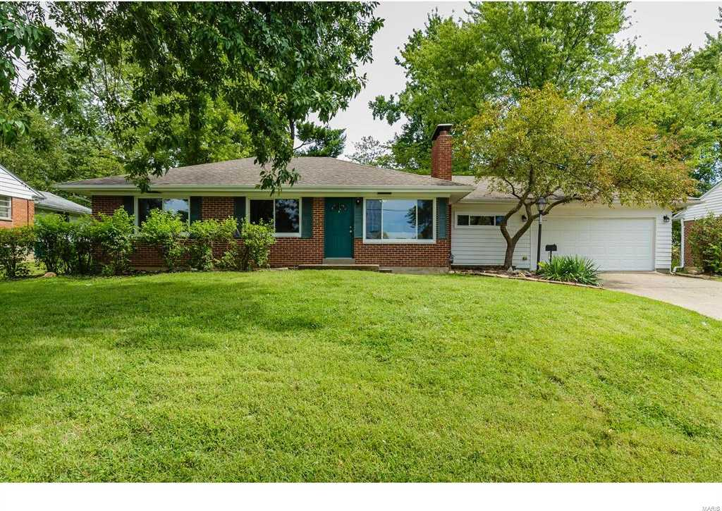$239,900 - 3Br/2Ba -  for Sale in Shady Hill Acres, St Louis