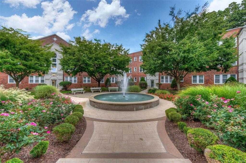 $295,900 - 2Br/2Ba -  for Sale in Fountain View, St Louis
