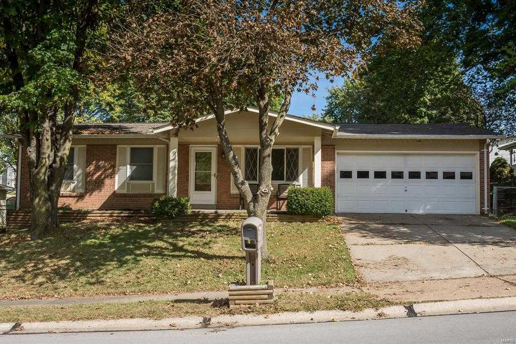 $174,900 - 3Br/2Ba -  for Sale in Marquette Hills, St Charles