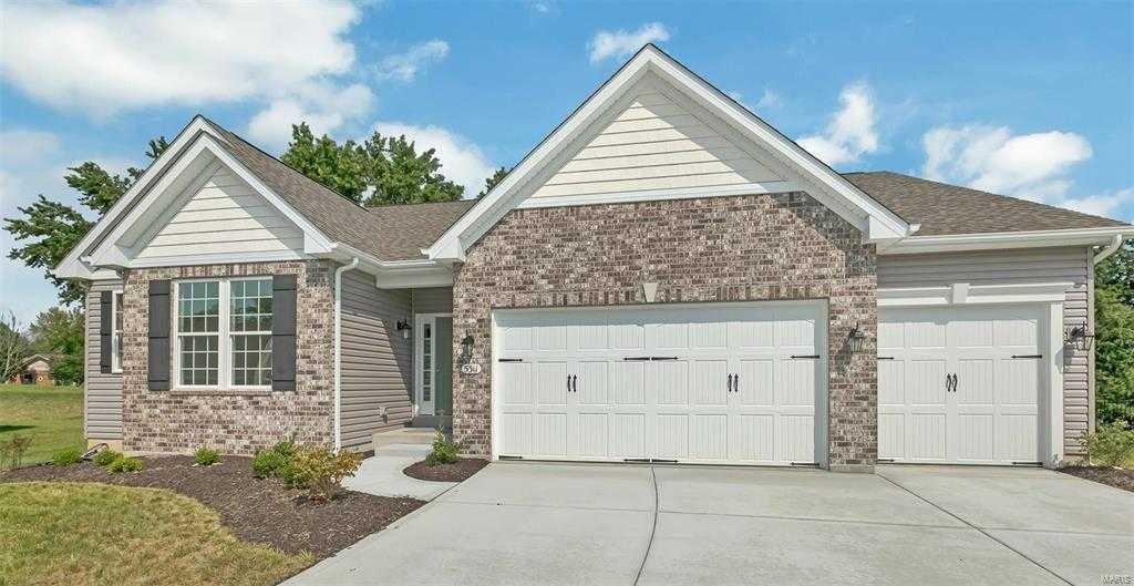 $451,132 - 3Br/2Ba -  for Sale in Wilson Estates, Oakville