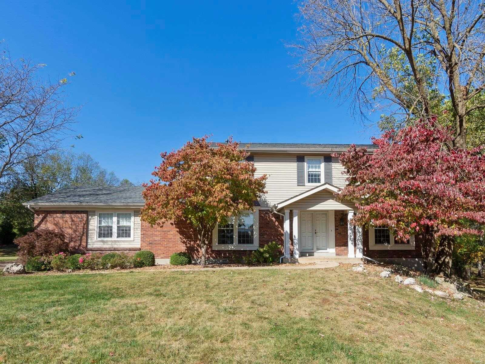 $469,995 - 4Br/4Ba -  for Sale in Conway Downs 1, Creve Coeur