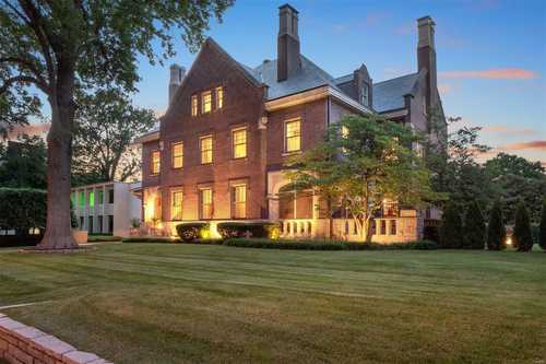 $1,899,900 - 7Br/6Ba -  for Sale in Forest Park, St Louis