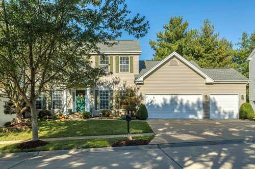 $525,000 - 4Br/4Ba -  for Sale in Manors At Bellerive One, St Louis