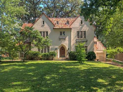 $698,000 - 4Br/4Ba -  for Sale in Sherwood Forest 2nd Add, Webster Groves