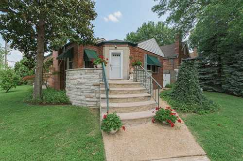 $249,900 - 2Br/2Ba -  for Sale in St Louis Hills Add, St Louis
