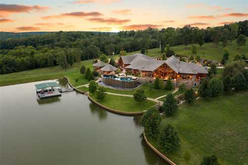 $13,500,000 - 6Br/10Ba -  for Sale in None, Brumley